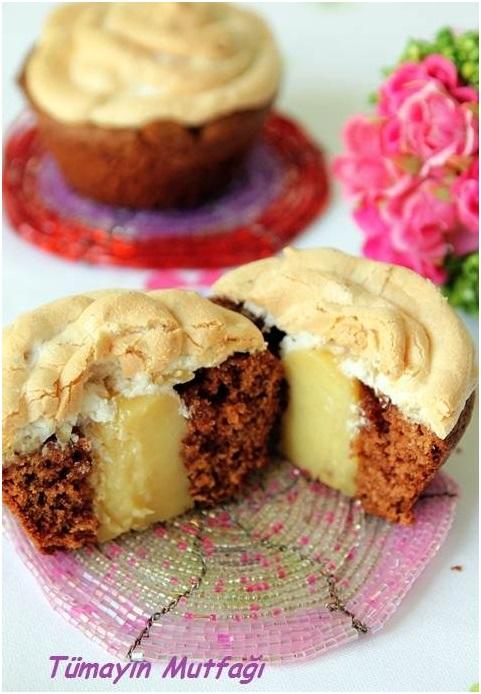 Ceviz Merengli Kremalı Cup Cake