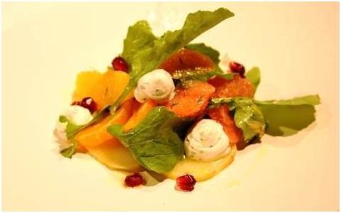 Zeytinyağlı Kereviz Carpaccio, Narenciye Salatası ve Keçi Peyniri Mousse