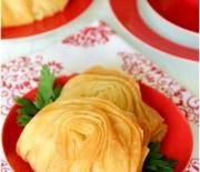 Peynirli Midye Börek