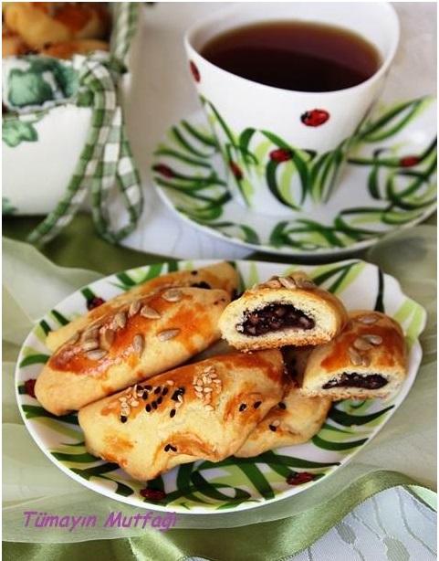 Zeytin Ezmeli Naneli Minik Börek ve Rudolph Van Veen