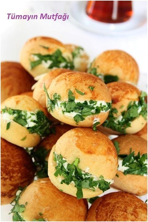 Peynirli Minik Sandviçler