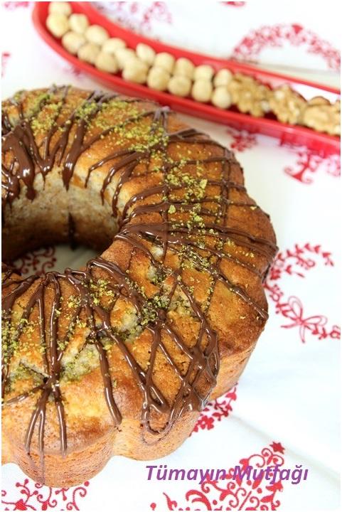Beyaz Çikolatalı Kuruyemişli Kek