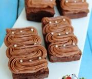 Çikolata Kremalı Yumuşak Kek