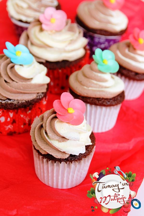 çift renk kremalı kakaolu cupcake1