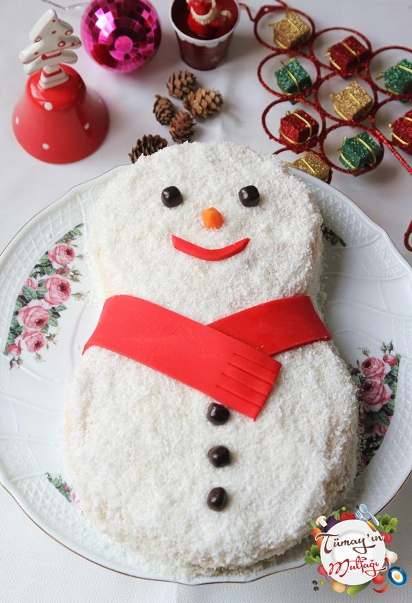 Kardan Adam Pastası ve İYİ SENELER