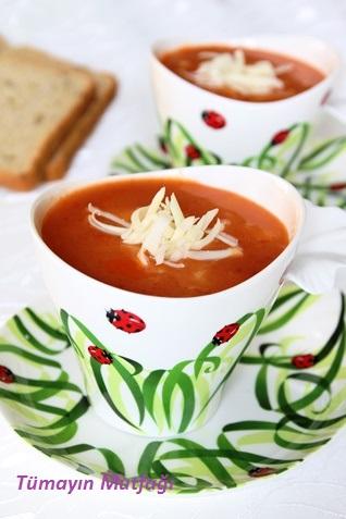 spagetti sebzeli domates çorbası